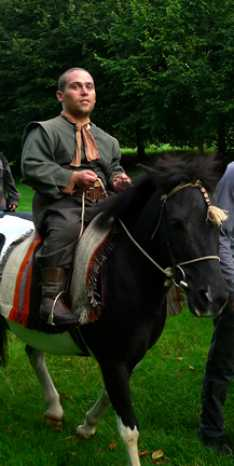 Steve_Redford_The_MiniMen_your_Highness_movie_filmset_horse_riding_scene_copy