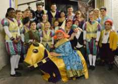 End_of_Run_Cast_Photo_Panto_2012