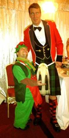 Steve_Redford_the_minimen_christmas_elf_army_barracks