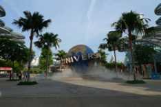 Steve_Redford_The_MiniMen_Universal_Studios