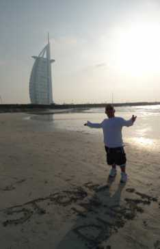 Steve_Redford_The_Minimen_working_in_Dubai_copy