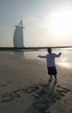 Steve_Redford_The_Minimen_working_in_Dubai_copy