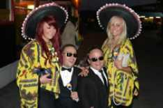 Steve_Redford_Max_Laird_with_Mexicans