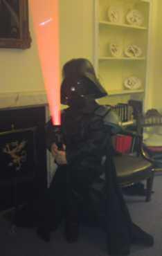 Steve_Redford_The_MiniMen_Dwarf_Vader